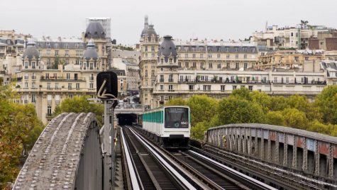 The Mayor of Paris Replacing Gas Cars by 2030