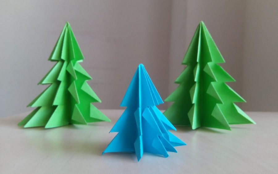 How+To+Make+A+Paper+Christmas+Tree