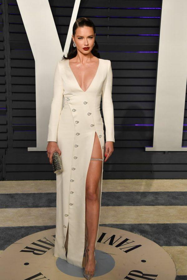 Adriana-Lima-2019-Vanity-Fair-Oscar-Party
