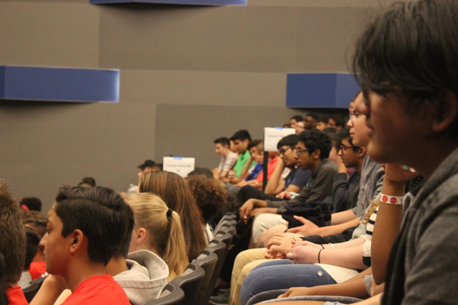 Another+look+into+rows+of+the+students+eagerly+listening