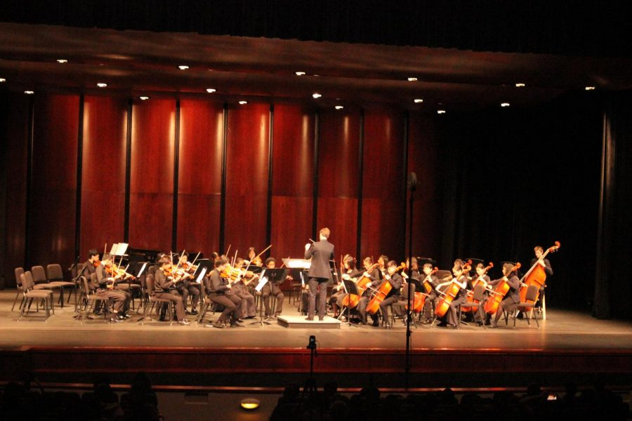Orchestra holds their Fall Concert